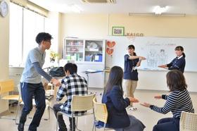 介護福祉士も楽しく模擬授業!
