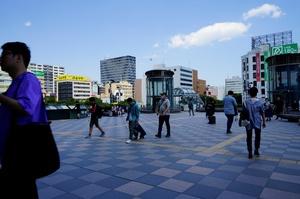 生涯学習支援センターと榴岡図書館は、仙台駅から徒歩五分の好立地