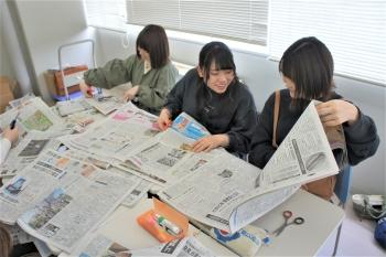 グループごとに記事を切り抜き。