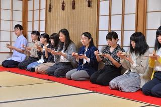 七夕に因んだ美味しい生菓子「糸巻」を頂き満足