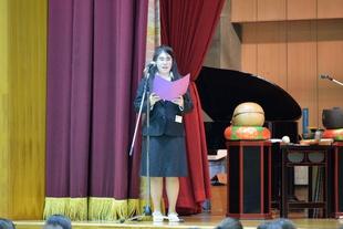 仏教青年会委員による司会で開式