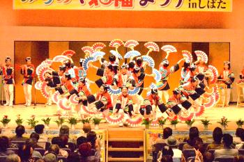 「円舞」に大きな拍手が寄せられました。