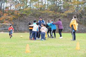 スポーツ系の学生も子ども達の人気者です