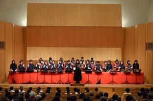 松村先生指揮「きよしこの夜」全員で合唱