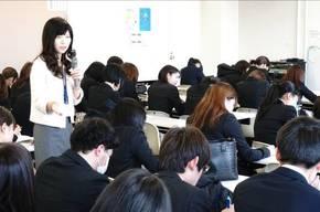 富田先生による時事問題&就活マナー
