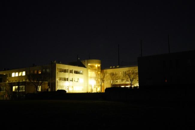 校舎も光り輝いていました