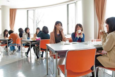 ①カフェスペース