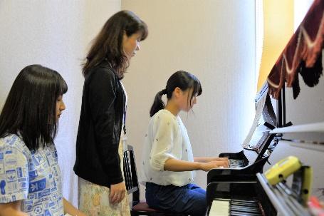 ②ピアノレッスン室