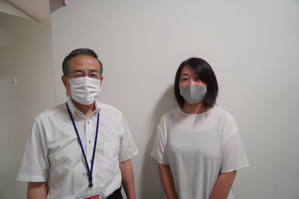 8月 短大卒業後、東京の大学へ編入、教員採用試験に合格、遠藤先輩学長に報告