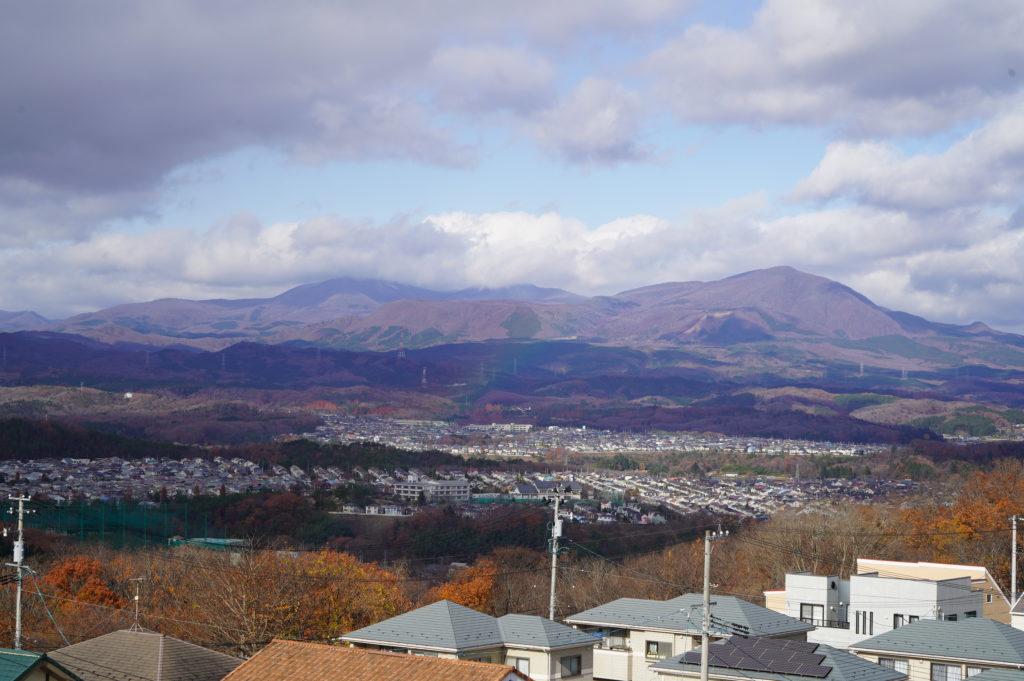 泉ヶ岳はすっかり紅葉もなくなり冬支度?