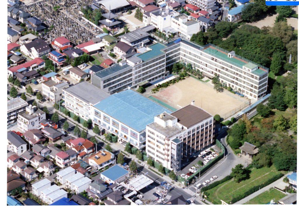 聖和短大 旧薬師堂校舎 右端下の6階建、茶色の建物が短大