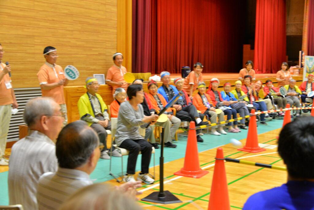 高齢者施設や老人クラブの皆さんなどと共同で開催した熱闘甲子園は、リアル野球ゲームを取り入れた大会でした。 平成30年9月30日