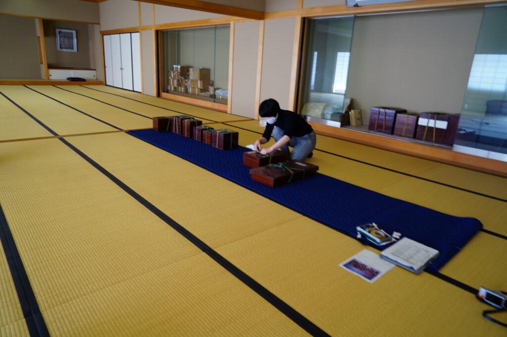作法室は、元裏千家家元 千宗室氏が「和楽庵」と名づけられた大切な施設です。