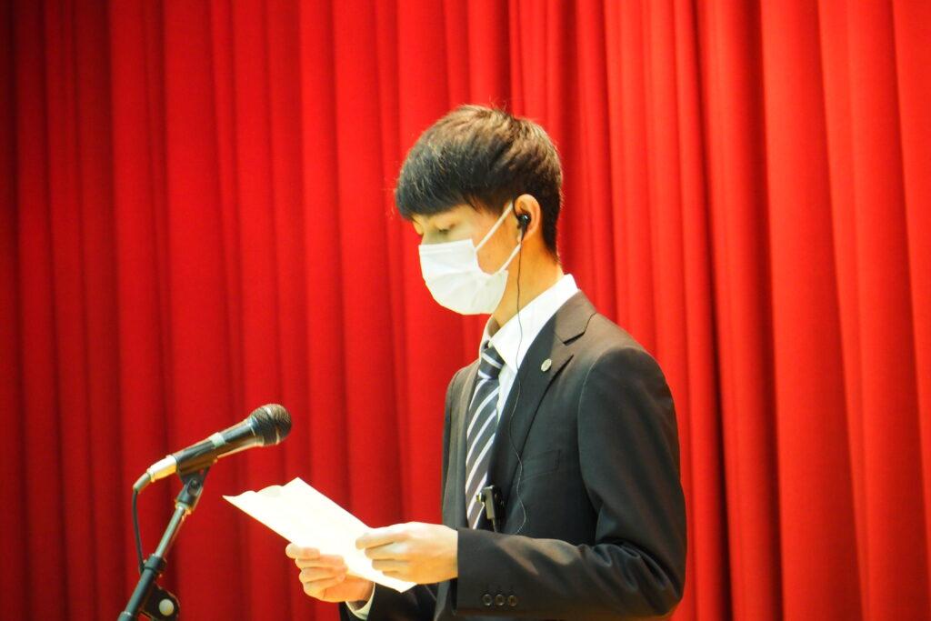 新入生歓迎会での学生会長の挨拶