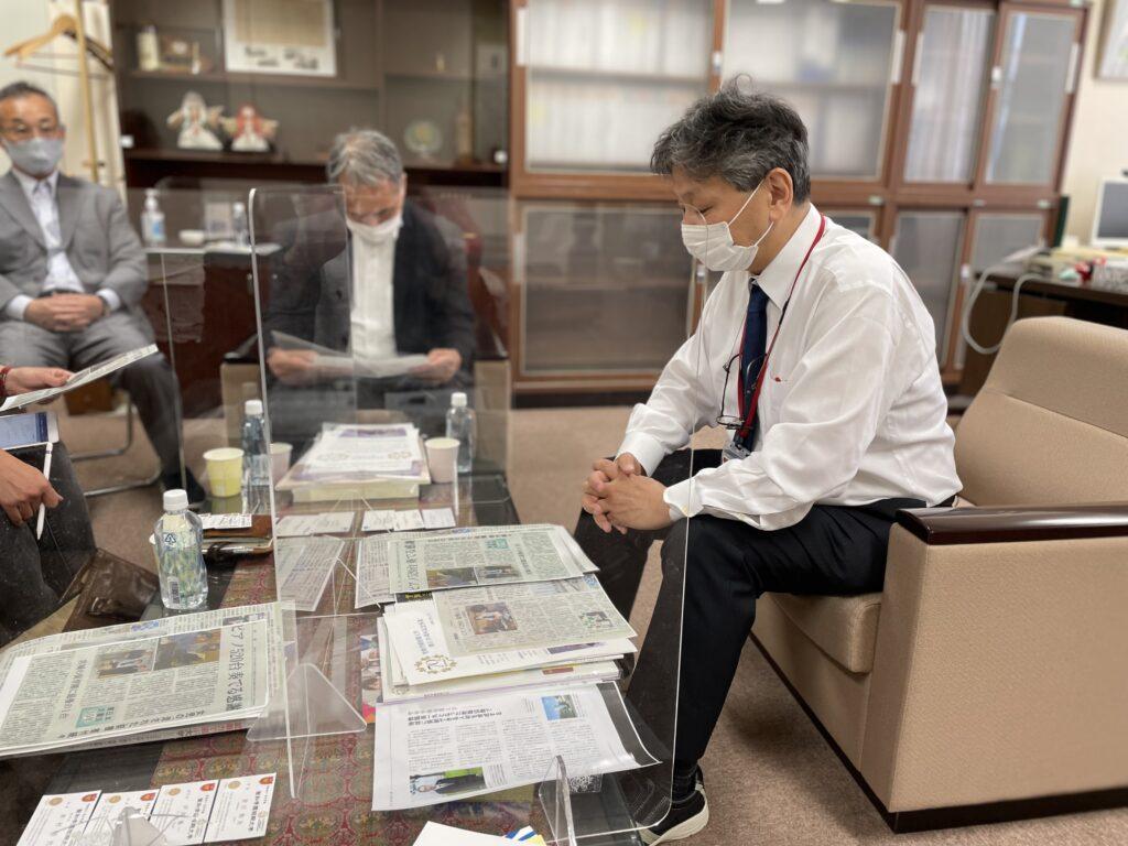 本学の教育内容について語る吉川学長