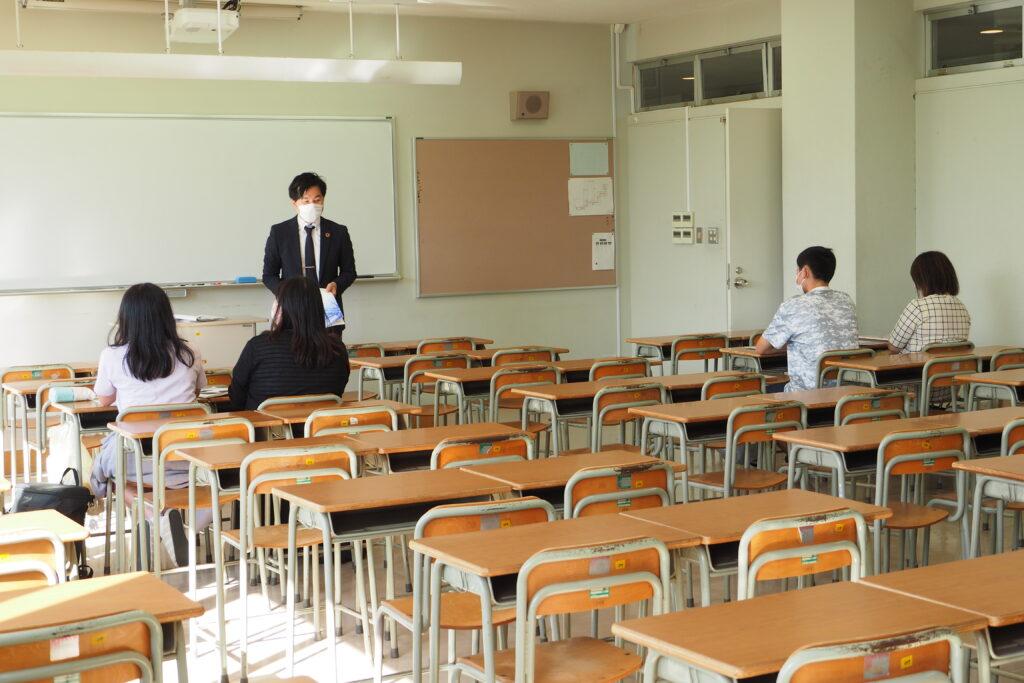午後(キャリア開発総合学科)その2。公務員系体験授業「公務員とは?」