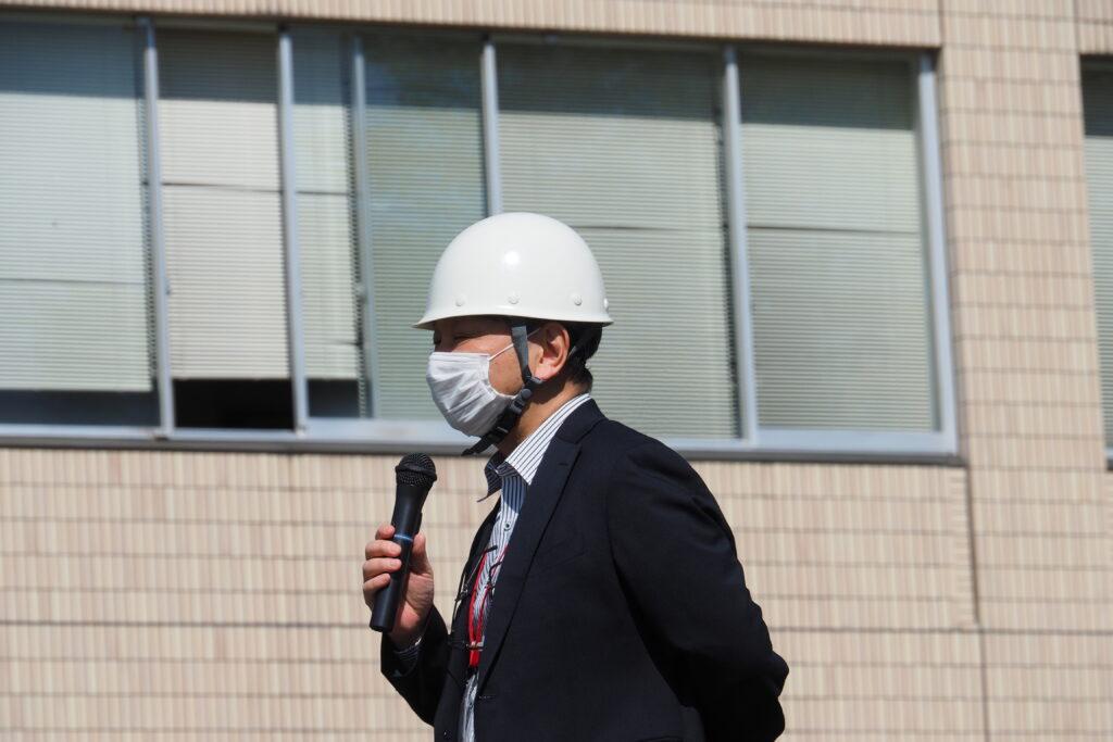 吉川学長より講評をいただきました。併せて新型コロナウイルスへの注意喚起の話もありました。
